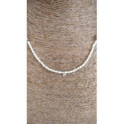 Cordoncito con perlitas y colgante mini zirconita de acero dorado
